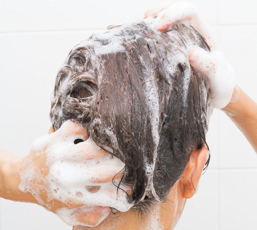 dermatite seborroica e shampoo medicati